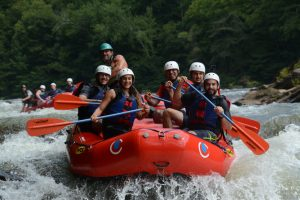 English for Internationals - Rafting Trip